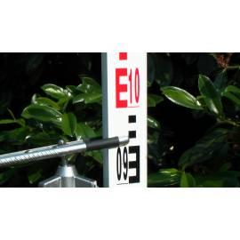Nivelační lať Nestle 7m teleskopická, sklolaminát