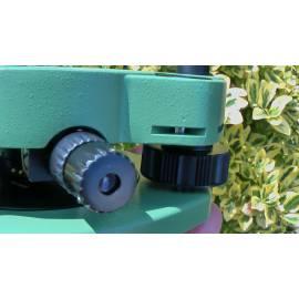 Trojnožka Leica s optickým centrovačem