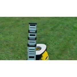 Nivelační přístroj LEICA SPRINTER 250m, stativ,lať.
