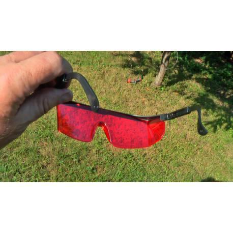 Laserové brýle červené.