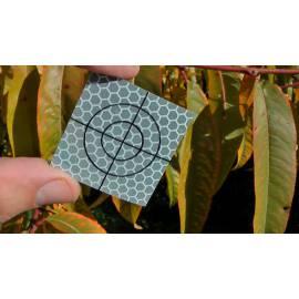 Odrazný štítek samolepící 4 x 4 cm.