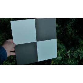 Signalizační terč 50 x 50 cm pro práci s dronem.