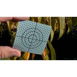 Reflexní štítky 6 x 6 cm.