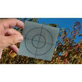 Reflexní štítek samolepící, 10 x 10 cm.