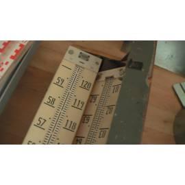 Invarová lať Zeiss 300cm, použitá.