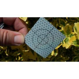 Odrazný štítek samolepící, 5x5 cm.
